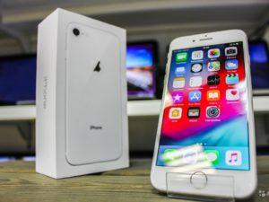 Apple IPhone 8 64gb Silver (арт.15789)