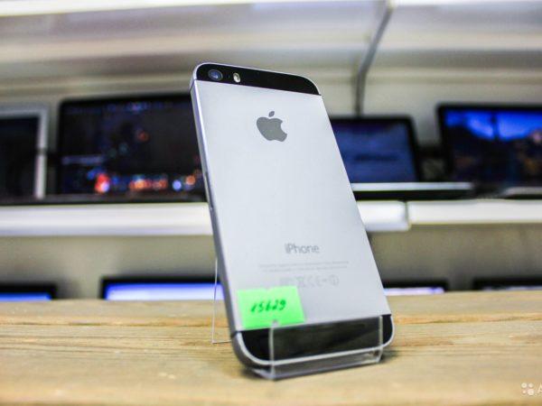 Apple IPhone 5s 16gb Space Gray (арт.15629)
