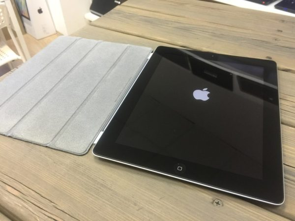 Apple IPad 3 64gb WiFi+3G (арт.14509)