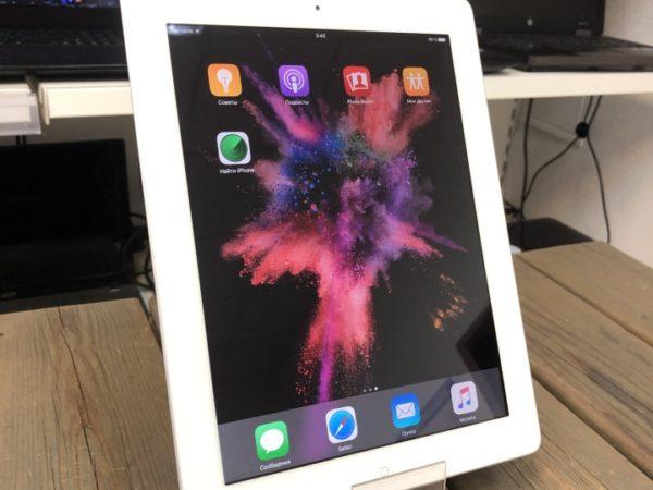 Apple IPad 4 32GB WI-FI SIM
