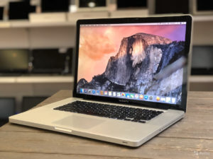 Apple MacBookPro 15 Early 2011