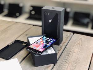 Apple IPhone 8 64gb SG (арт.22008)