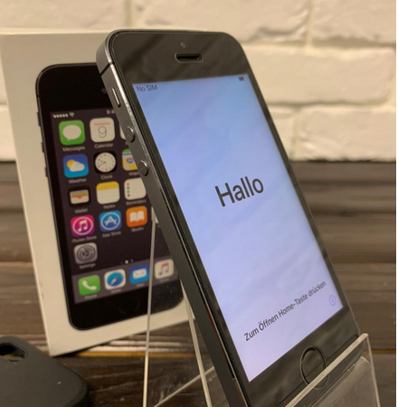 Телефон Apple IPhone 5s 16gb SG (арт. 28170)