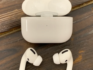 Apple AirPods Pro (арт. 29680)