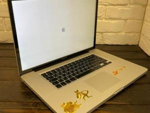 Apple MacBook Pro 17 Mid 2009 (арт. 29806)